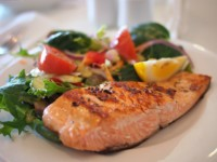 Salmon with herbs and salad