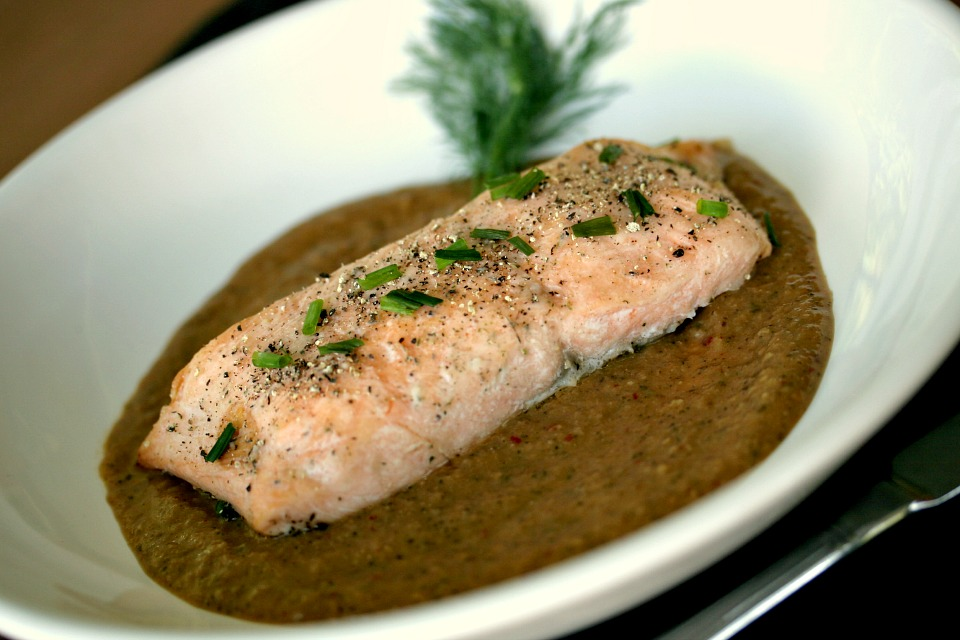 Salmon in pipian (green mole)